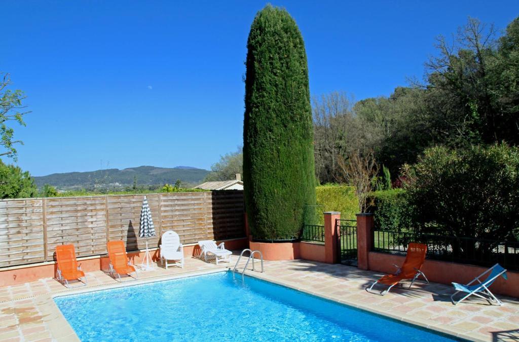 Gite verveines vaison france vaison la romaine - Hotel vaison la romaine piscine ...
