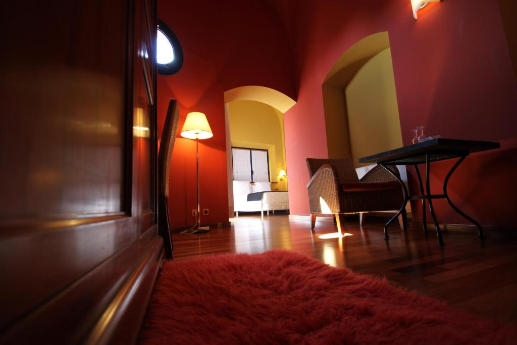 hoteles con encanto en castelló d'empúries  12