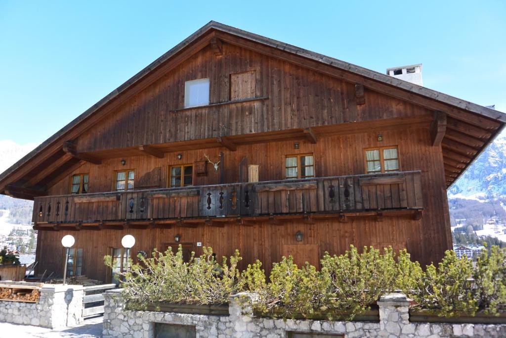 Villa Ronco - Stayincortina (Itália Cortina d'Ampezzo ...