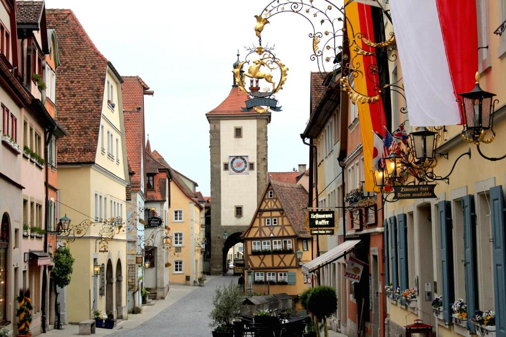 Hotel Goldner Hirsch Rothenburg Rothenburg Ob Der Tauber Germany