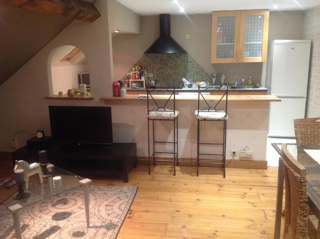appart m tropole brussels bruxelles opdaterede priser. Black Bedroom Furniture Sets. Home Design Ideas