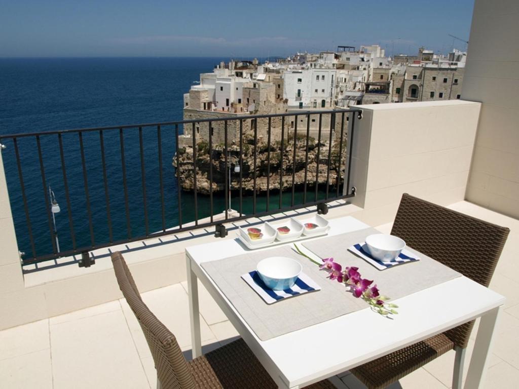 A balcony or terrace at Malù Bed&Breakfast