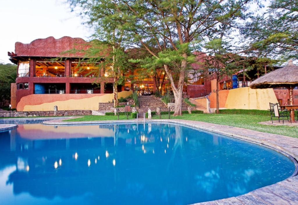 """Résultat de recherche d'images pour """"photos Serengeti Sopa Lodge"""""""