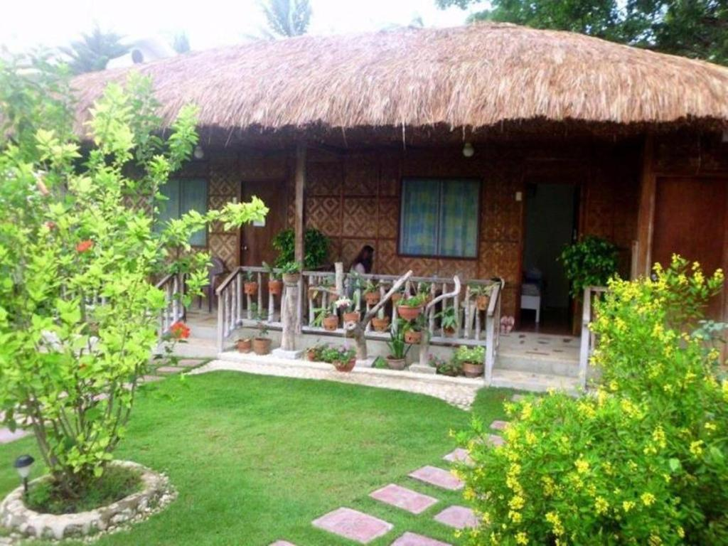 Oslob Garden Stay Beach Resort, Oslob – Updated 2018 Prices