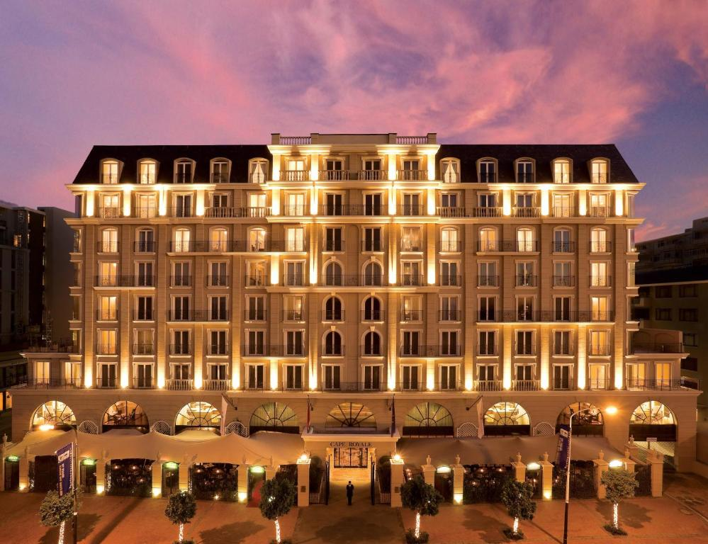 Hotel the cape royale cape town south africa for Luxury hotel boutique