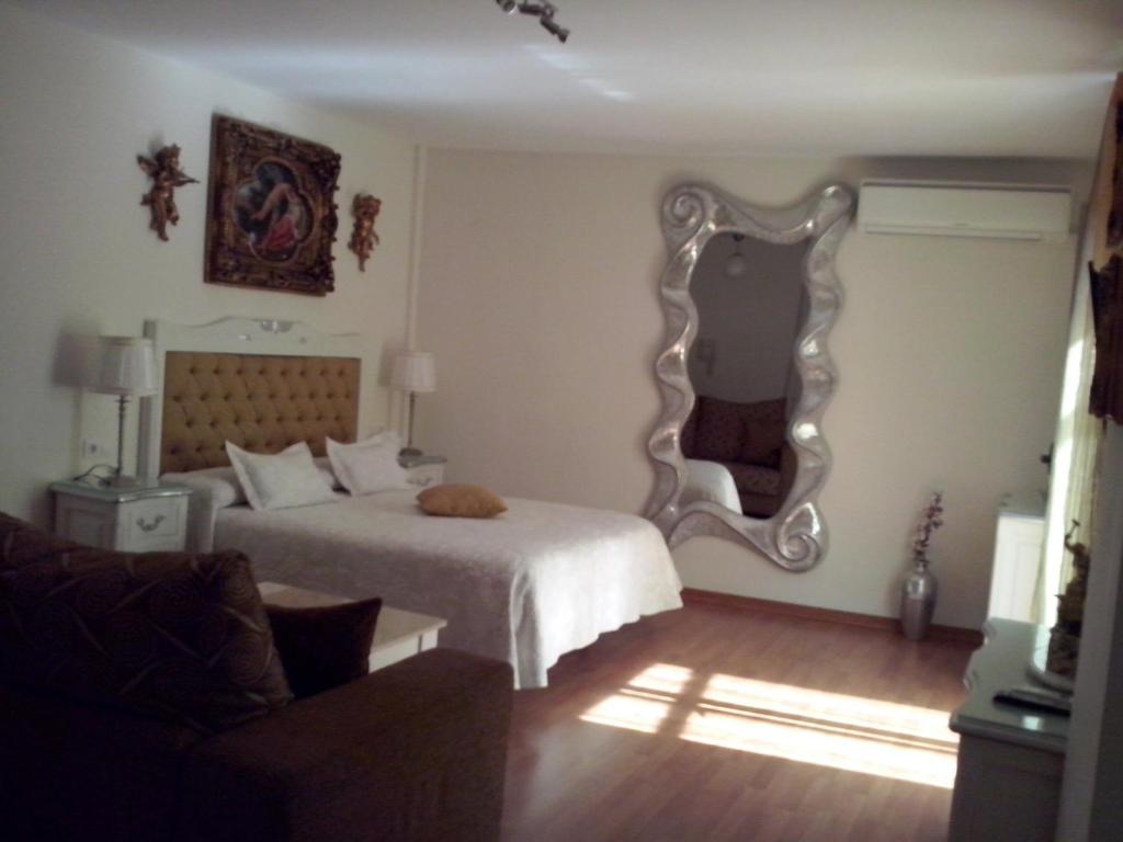 Apartamentos Las Flores Malaga Spain Booking Com
