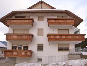 Nearby hotel : Apartment Peinte San Lorenzo Di Sebato