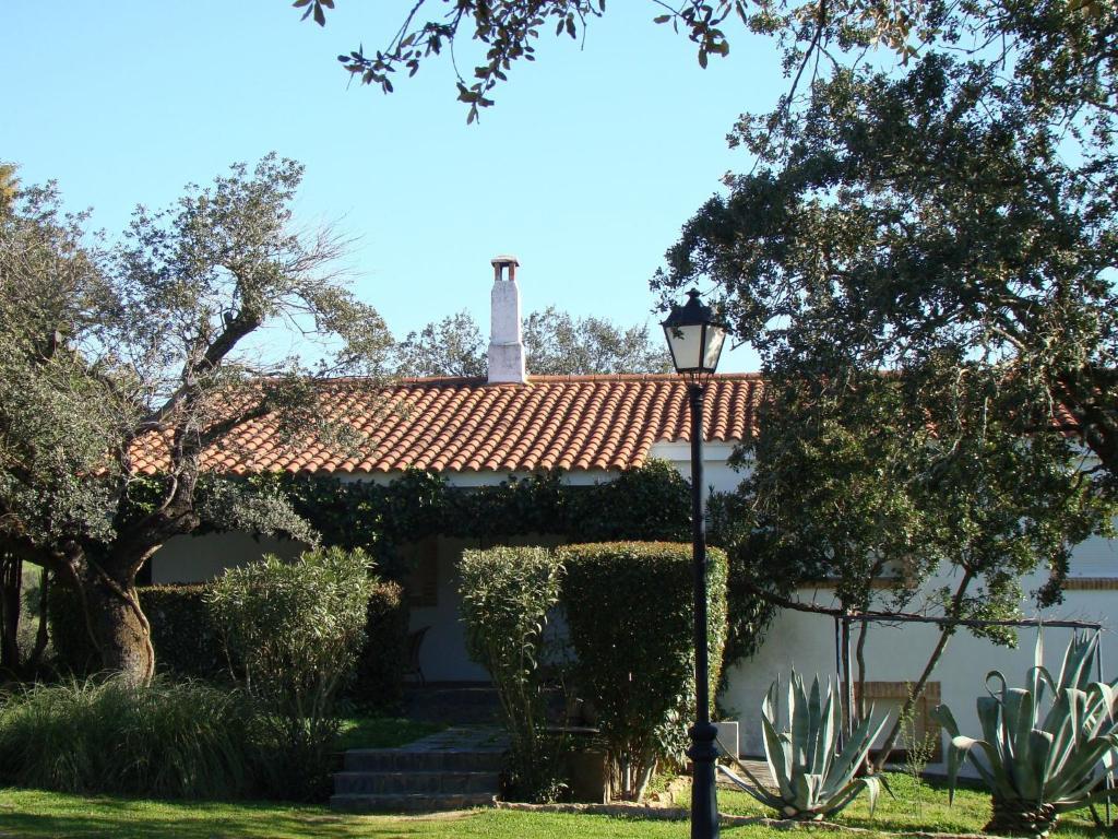 Hotel cerca : Holiday Home La Galana Herrera De Alcantara