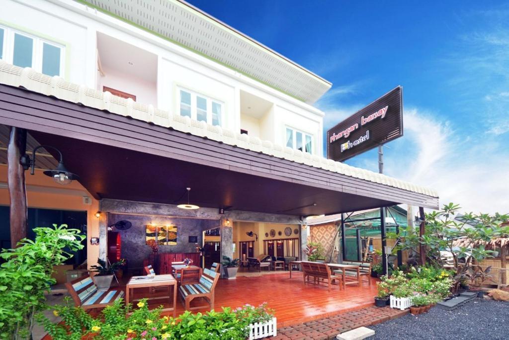 phangan barsay hostel thong sala thailand booking com rh booking com