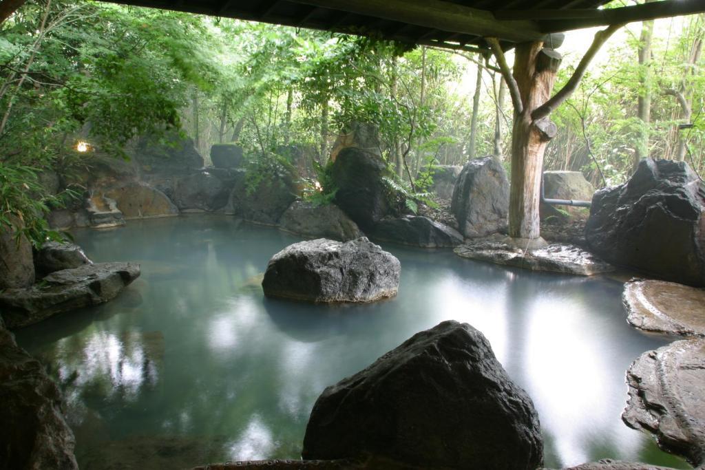 ポイント1.24時間いつでも入れる天然温泉
