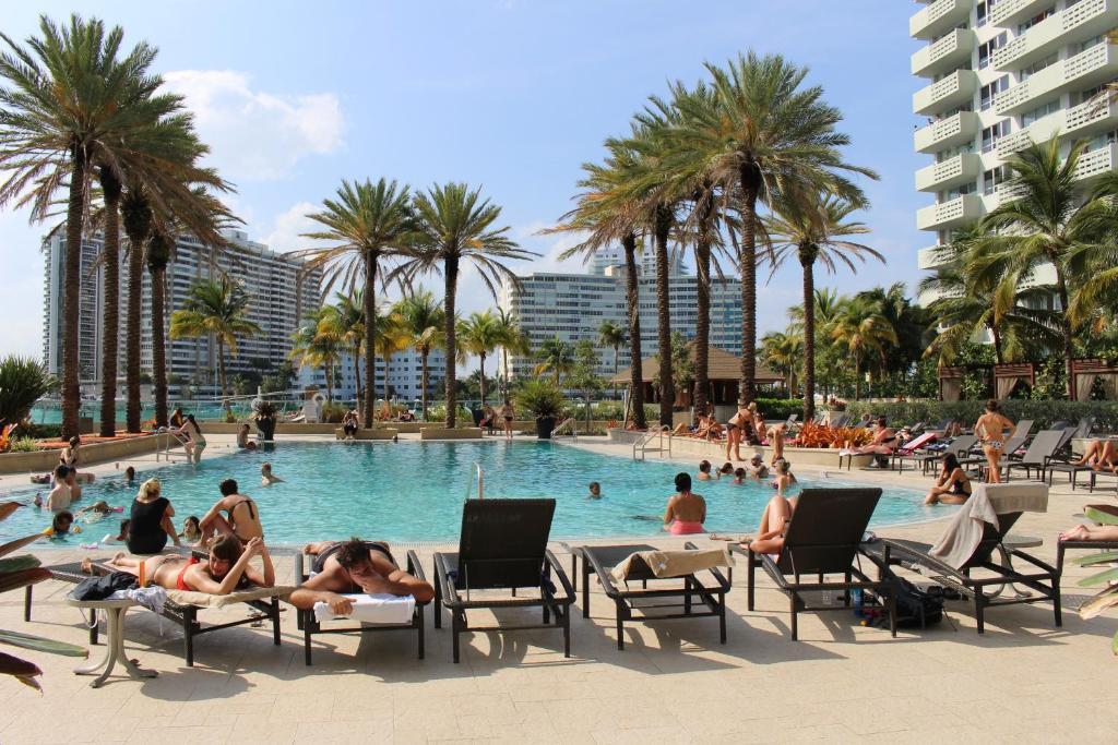 Flamingo South Beach Residence Miami Fl Booking