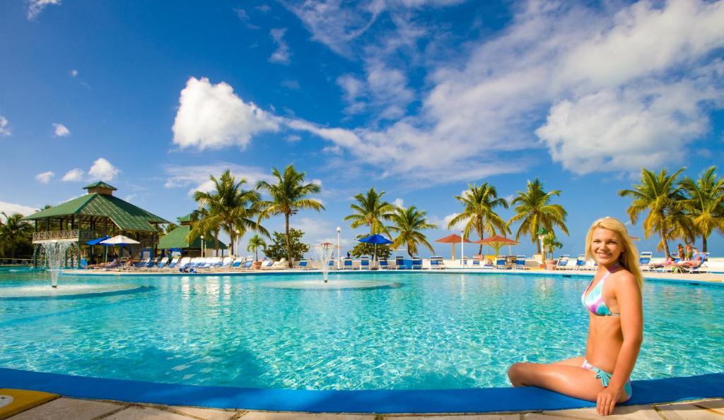 Reviews Antigua Jolly Beach Resort