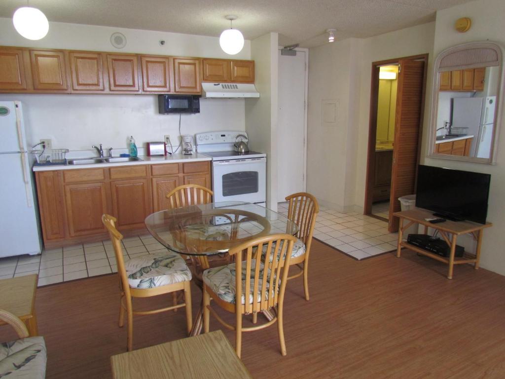 One-Bedroom Apartment in Oahu, Honolulu, HI - Booking.com