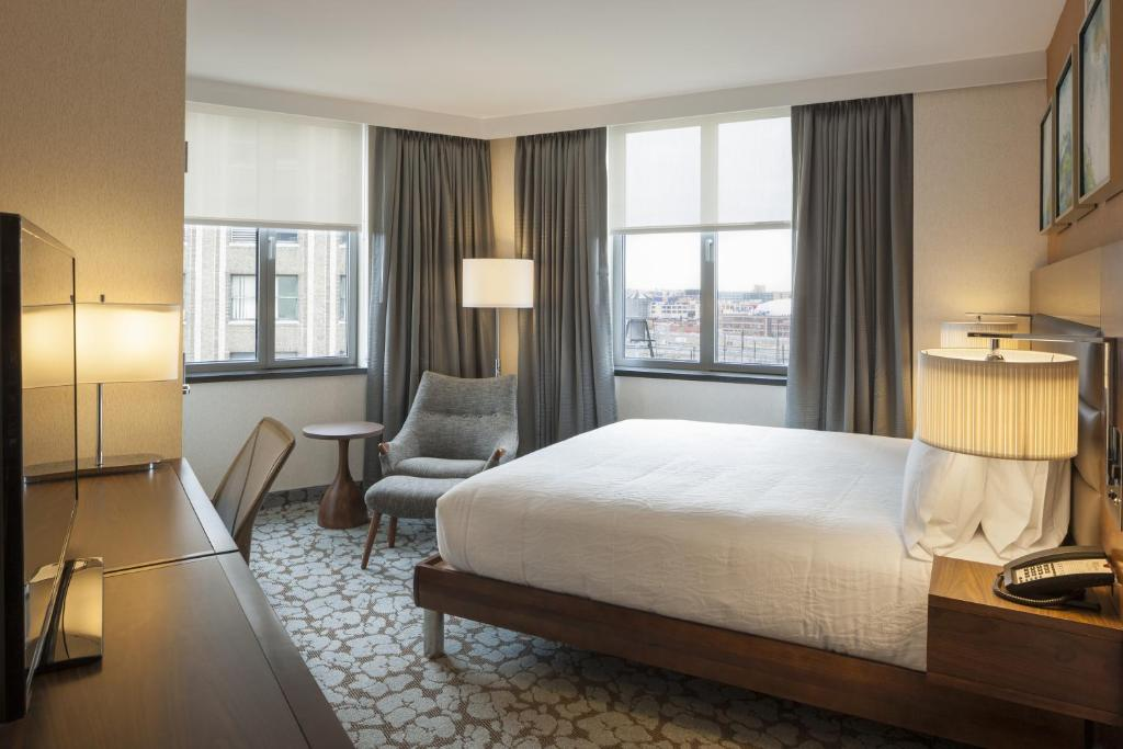 Hilton Garden Inn Long Island City Queens NY Bookingcom