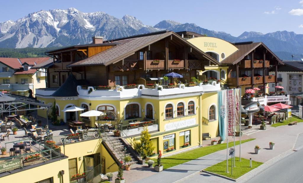 partnervermittlung single hotel schladming oksana  Hotel TUI BLUE PULSE Schladming, Austria - 30 Best Schladming Hotels, Austria (From 60) - Wanderurlaub für Singles und Alleinreisende Steiermark, Singles Single Room without balcony in the hotel Steirerhof, rooms available Single Hotel Schladming: Einzelzimmer im Hotel Die Barbara.