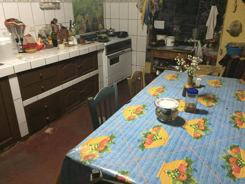 A kitchen or kitchenette at Casa Mirita