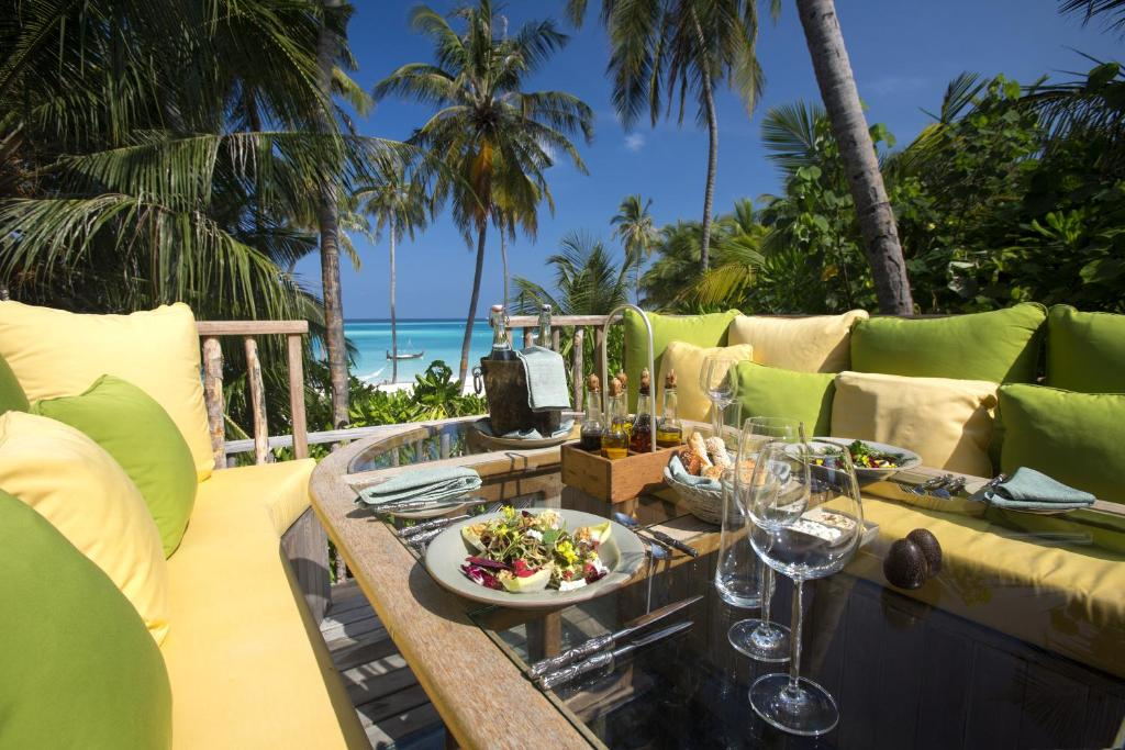 gili lankanfushi, breakfast