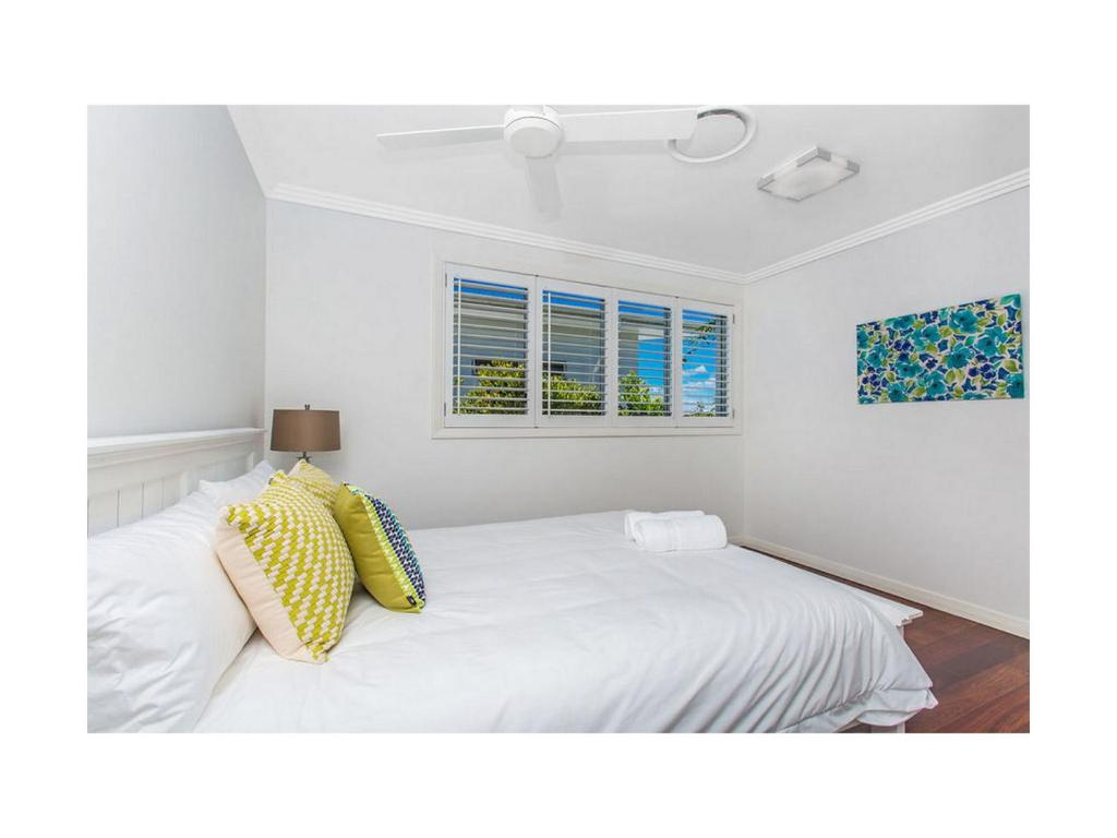 vacation home beach house malibu  kingscliff  australia