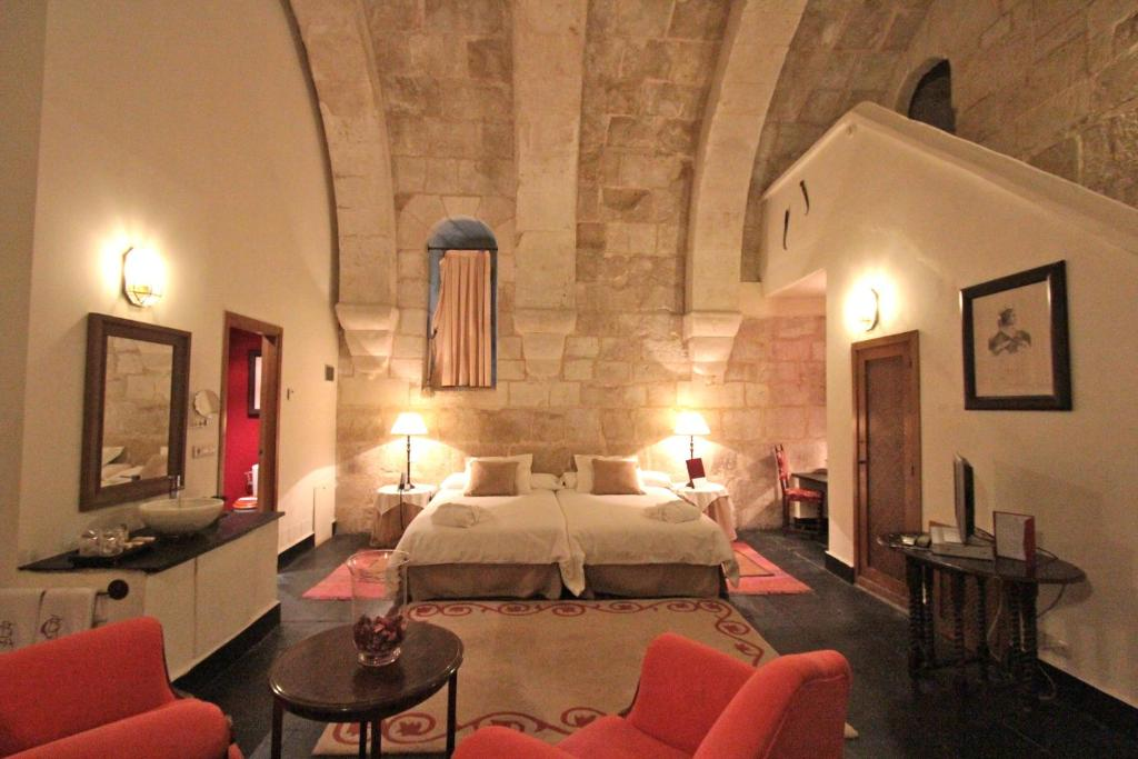 boutique hotels in villanueva de cañedo  14