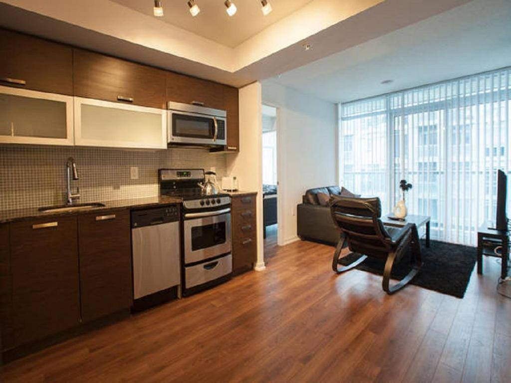 2 bedroom hotel suites. Gallery image of this property Elite Suites  Queen West Condo Toronto Canada Booking com
