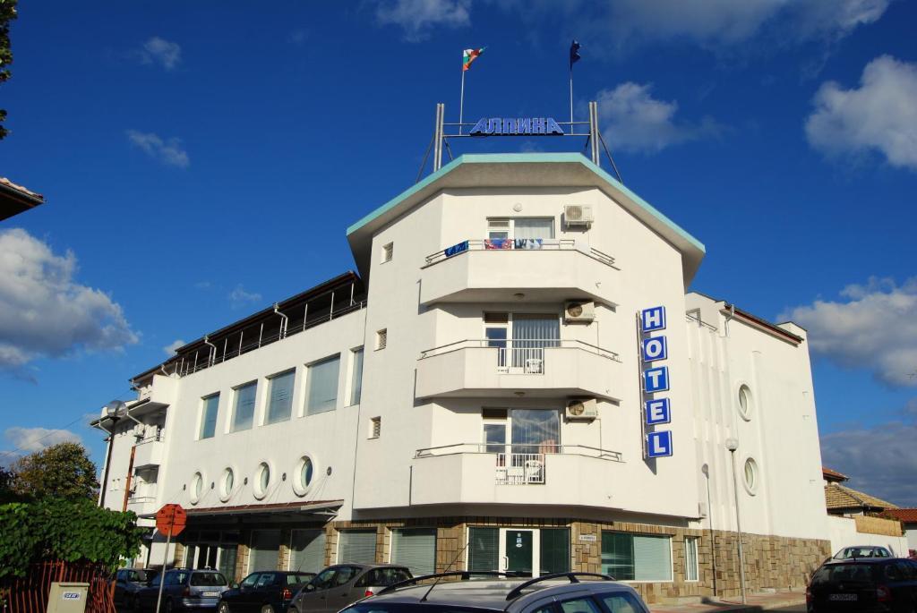 Хотел Алпина - Лозенец