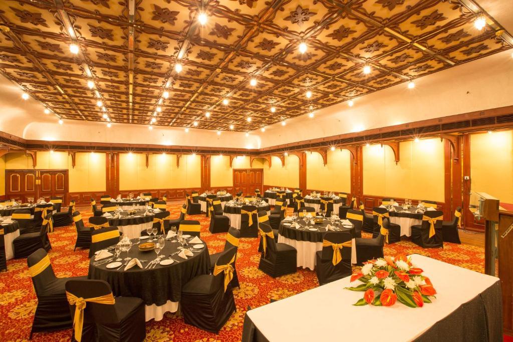 Casino hotel cochin india name a card game played in a casino