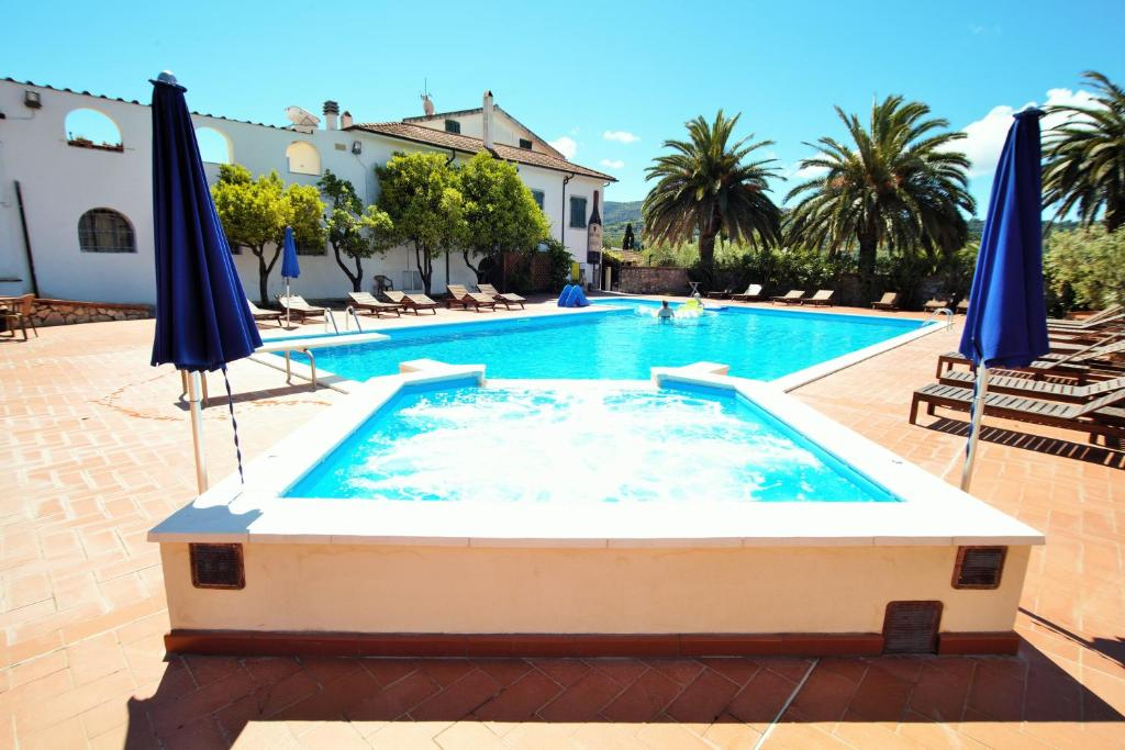Het zwembad bij of vlak bij Azienda Agricola Sapereta