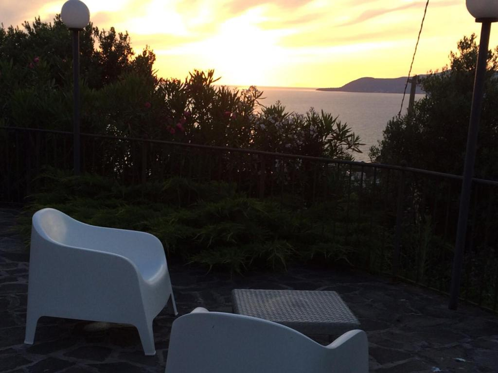 Apartments In Agnone Campania