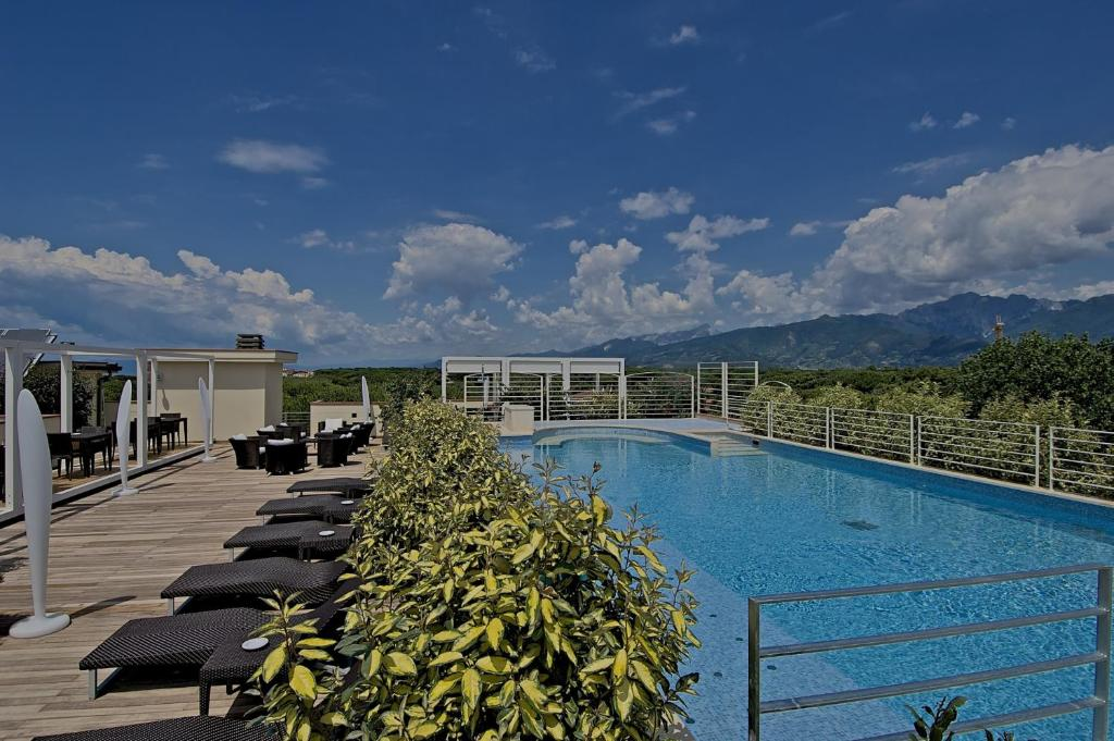 Zen Hotel Versilia, Marina di Pietrasanta – Updated 2018 Prices