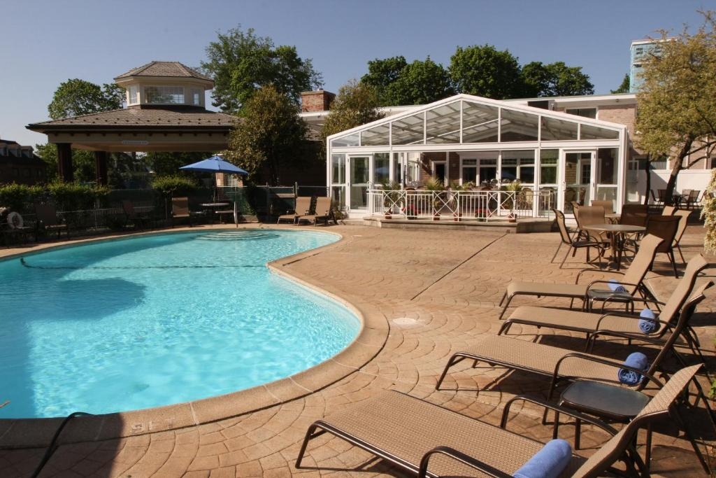 The swimming pool at or near Norwalk Inn and Conference Center