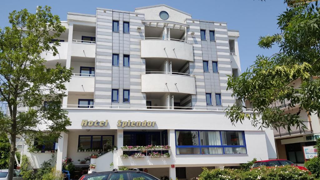Hotel splendor grado italy for Reservation hotel italie