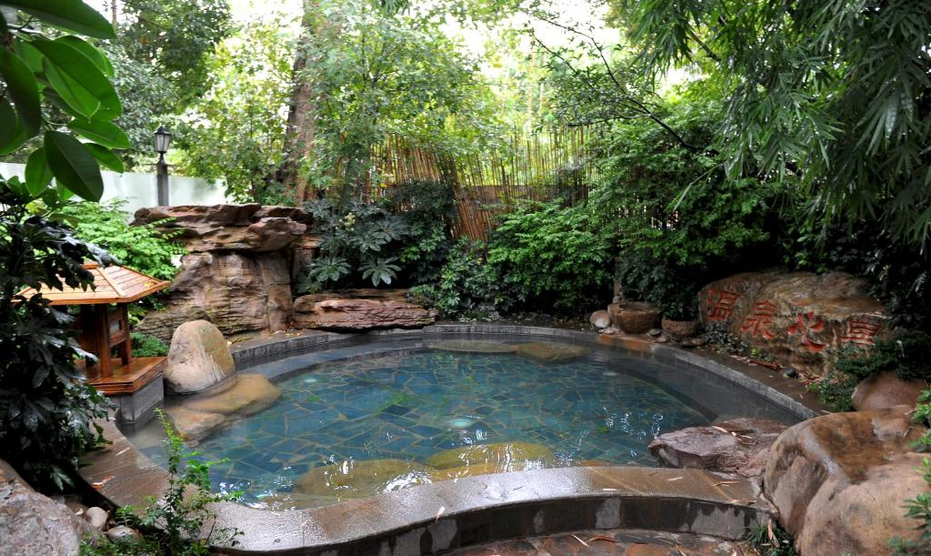 gallery image of this property - Garden Spa