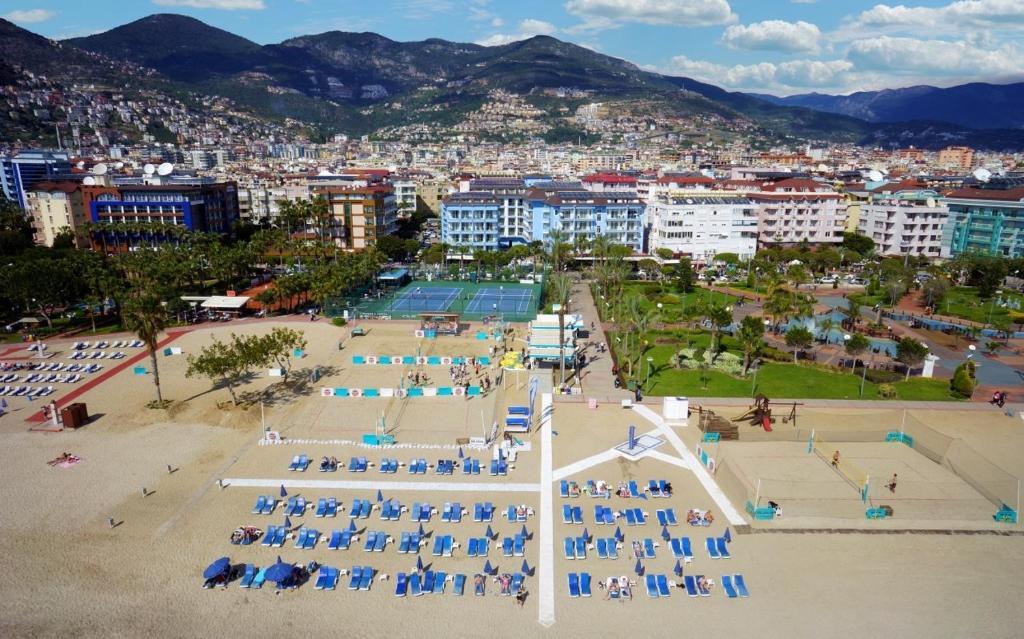 Супер замечательный бюджетный отель 4* рядом с пляжем Клеопатры! Турция!
