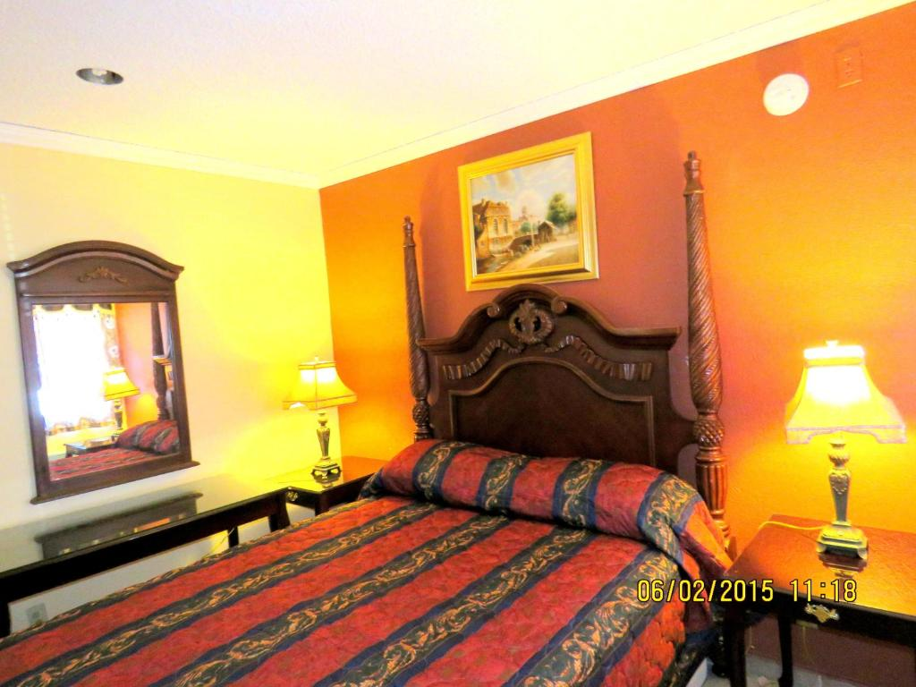Central inn motel los angeles ca booking gallery image of this property freerunsca Gallery