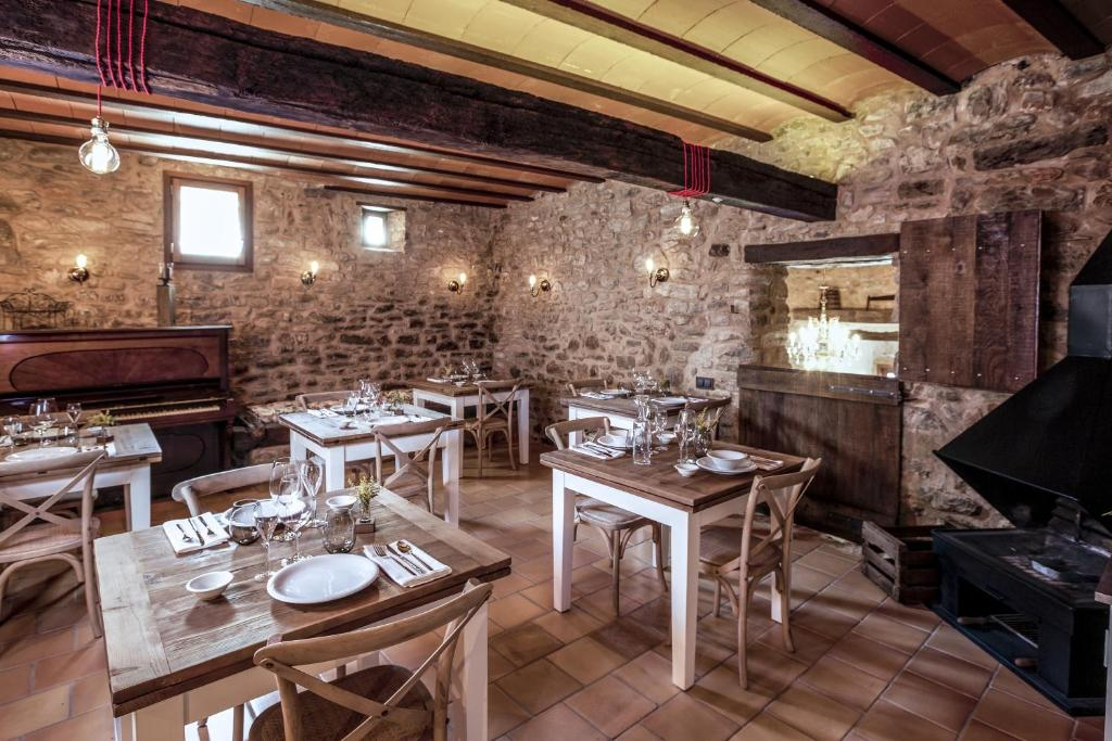 hotels with  charm in la vall de bianya  31
