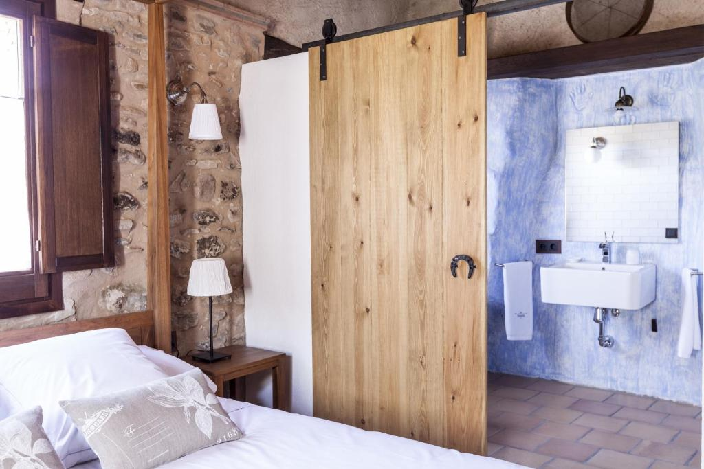 hotels with  charm in la vall de bianya  25