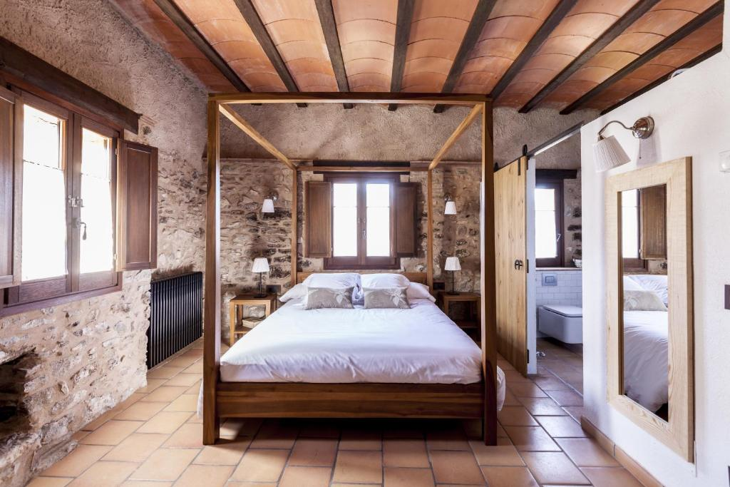 hotels with  charm in la vall de bianya  28