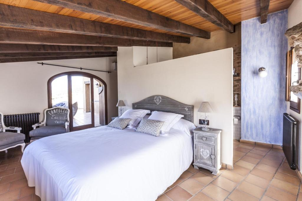 hotels with  charm in la vall de bianya  24
