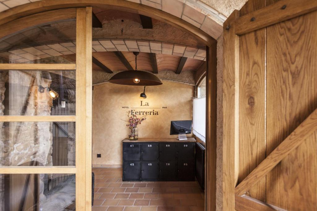 hotels with  charm in la vall de bianya  8