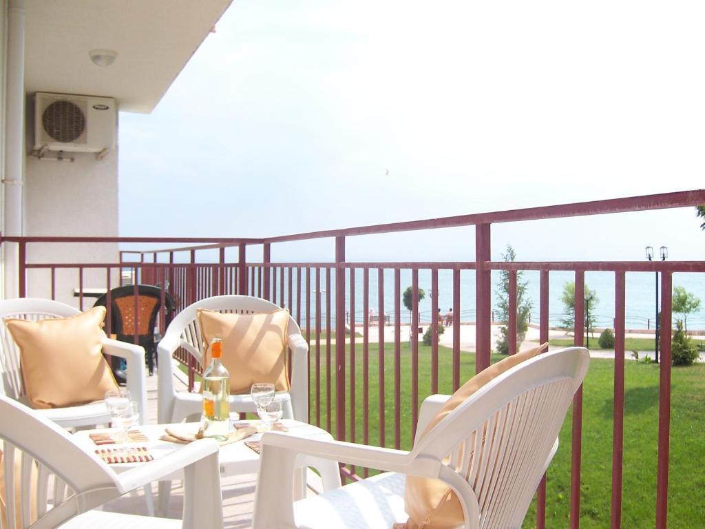 Апартамент Panorama Fort - Свети Влас