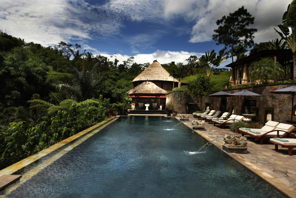 The swimming pool at or close to Bagus Jati Health & Wellbeing Retreat