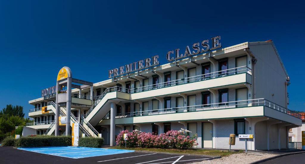 reservation hôtel clermont ferrand