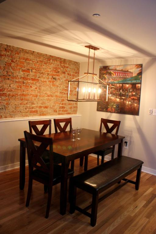 French Quarter Luxury Two Bedroom Penthouse 401, New Orleans (USA) Deals