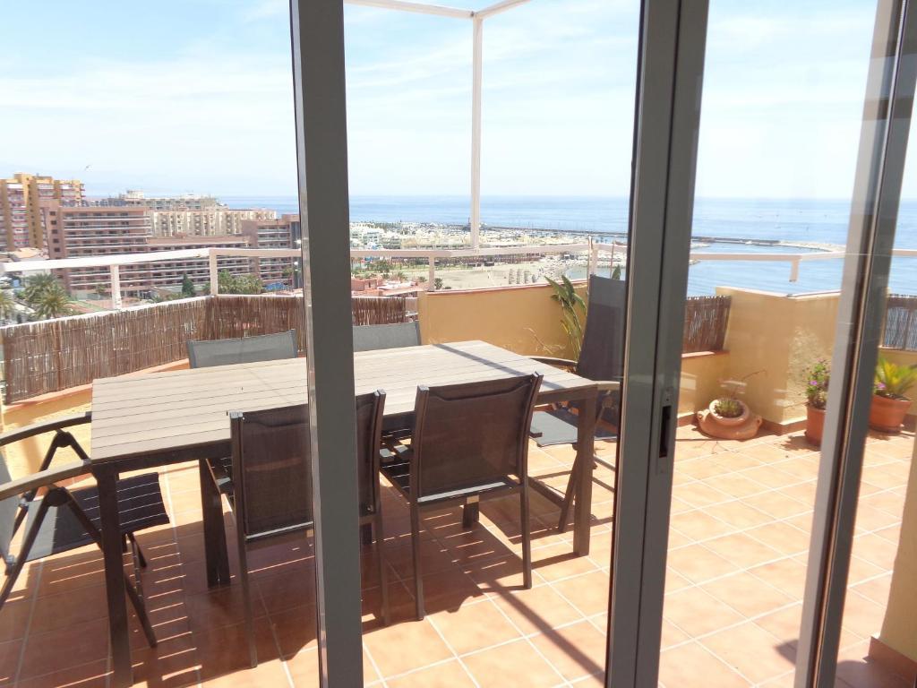 Duplex Puerto Marina imagen