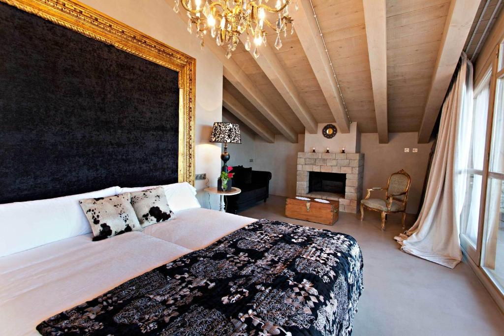boutique hotels lladurs  24