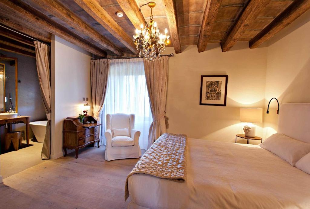 boutique hotels in lleida  47