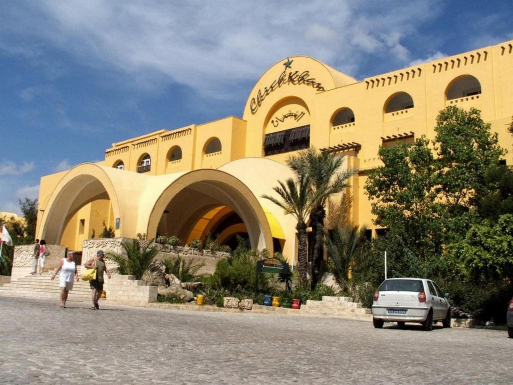 Chich khan hotel hammamet tunisia for Hotel reserver