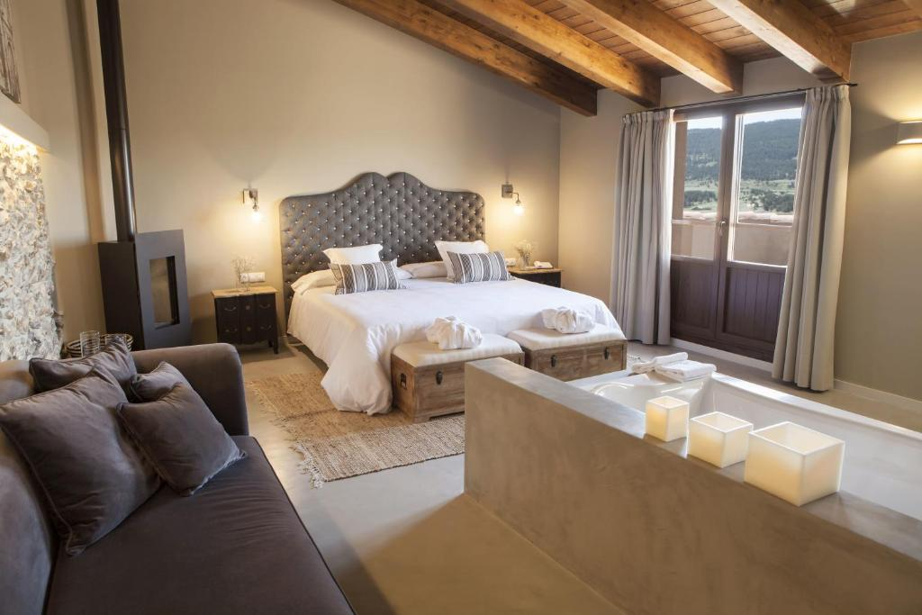 boutique hotels in aragon  32