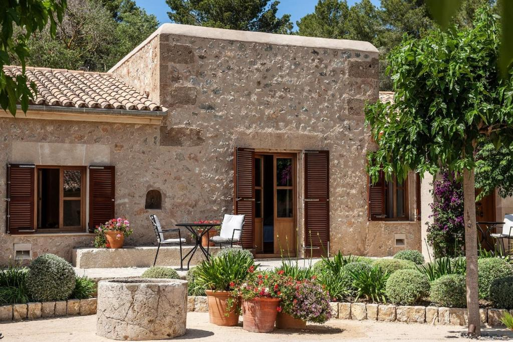 boutique hotels in mallorca  95