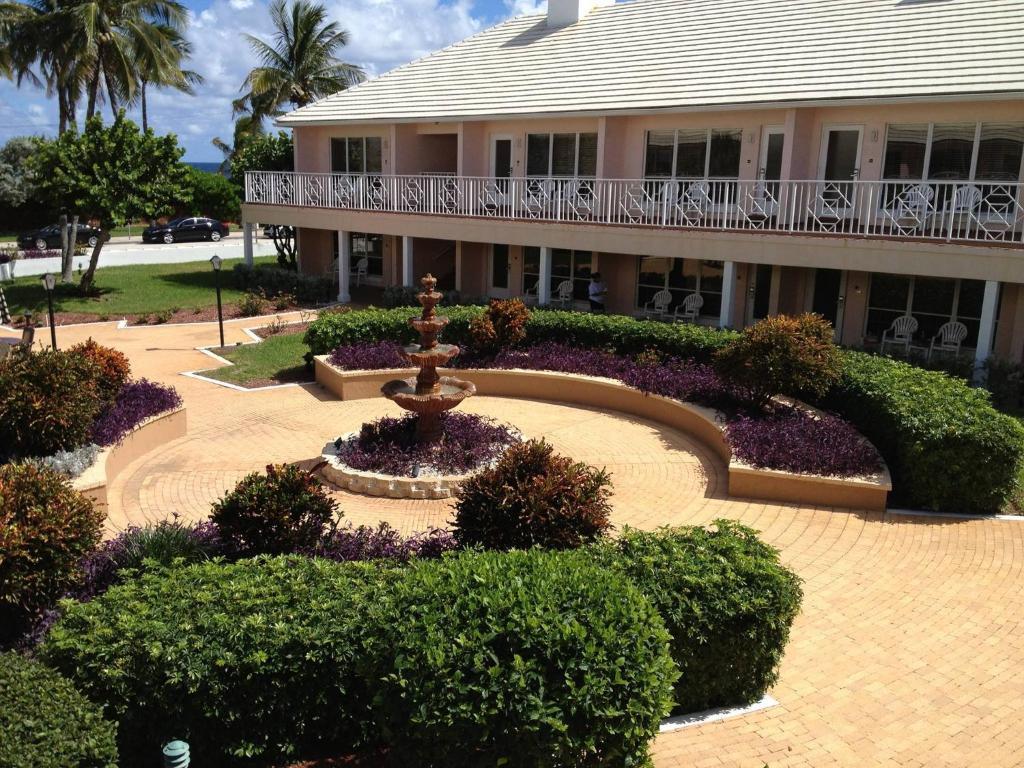 17 Photos Close Getaways At Dover House Resort